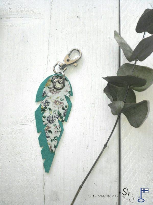 lehti-avaimenpera-turkoosi-kukka-turquoise-flower-keyholder-keychain-handmade