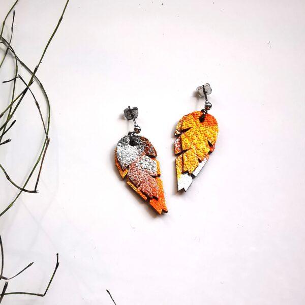 oranssi nappi korvakorut
